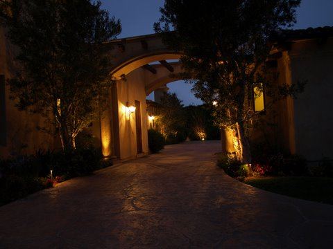 simi valley outdoor lighting walkway